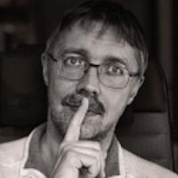 Portrait of a photographer (avatar) viv (Ilya Varivchenko)
